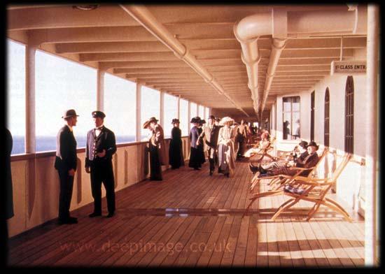 titanic-promenadedeck-paint